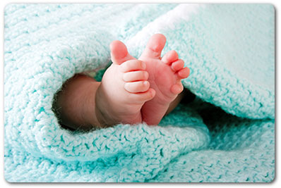 surrogacy - image of babies feet