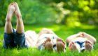 children-sitting-on-grass