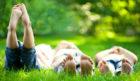 children-sitting-on-grass